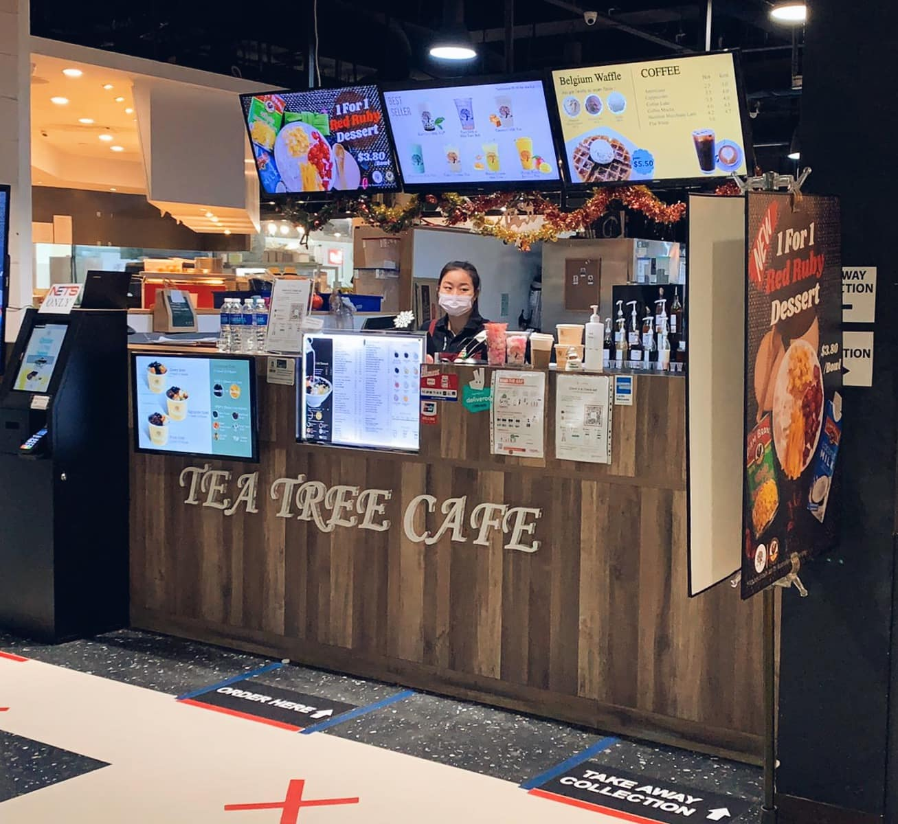 Tea Tree Cafe x StaffAny